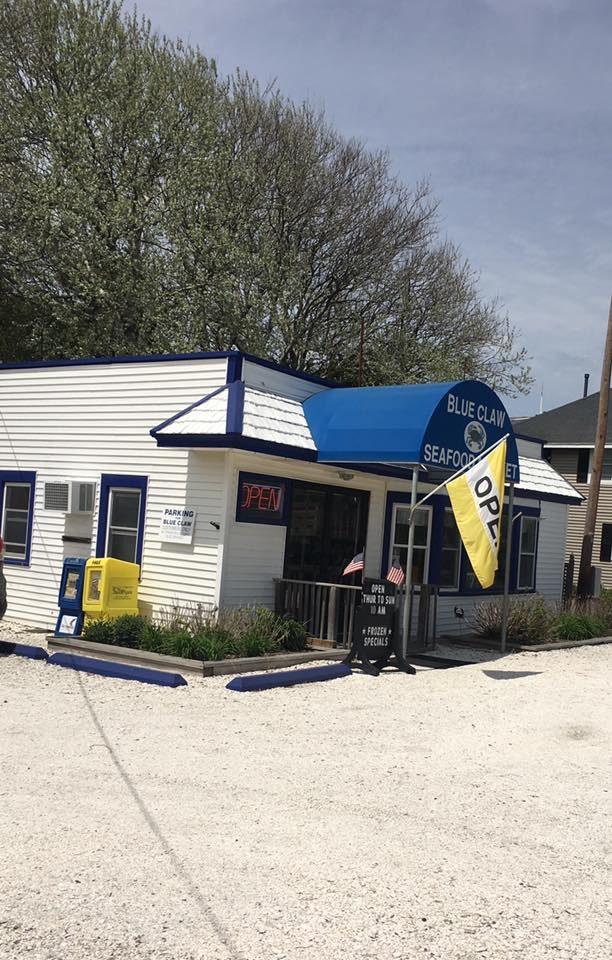 Blue Claw Seafood Market.jpg